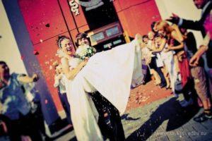 Захватывающее свадебное фото